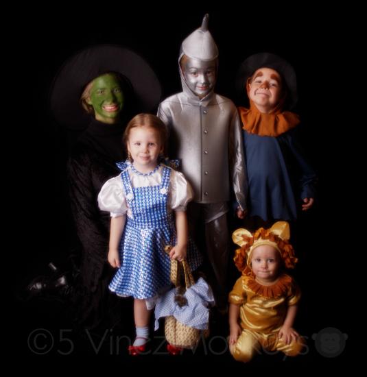 5 Vinez Monkeys Halloween